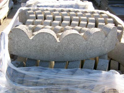 EZ Edge Dry-cast Scallop Livonia Michigan, Patio Blocks Livonia Michigan, Porch Steps Livonia Michigan, Cement Edging Livonia Michigan